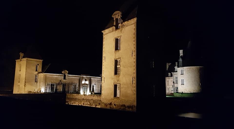 La visite nocturne du château de Commarin