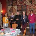 Un dîner après le concert, avec les musiciens, dans un salon du château