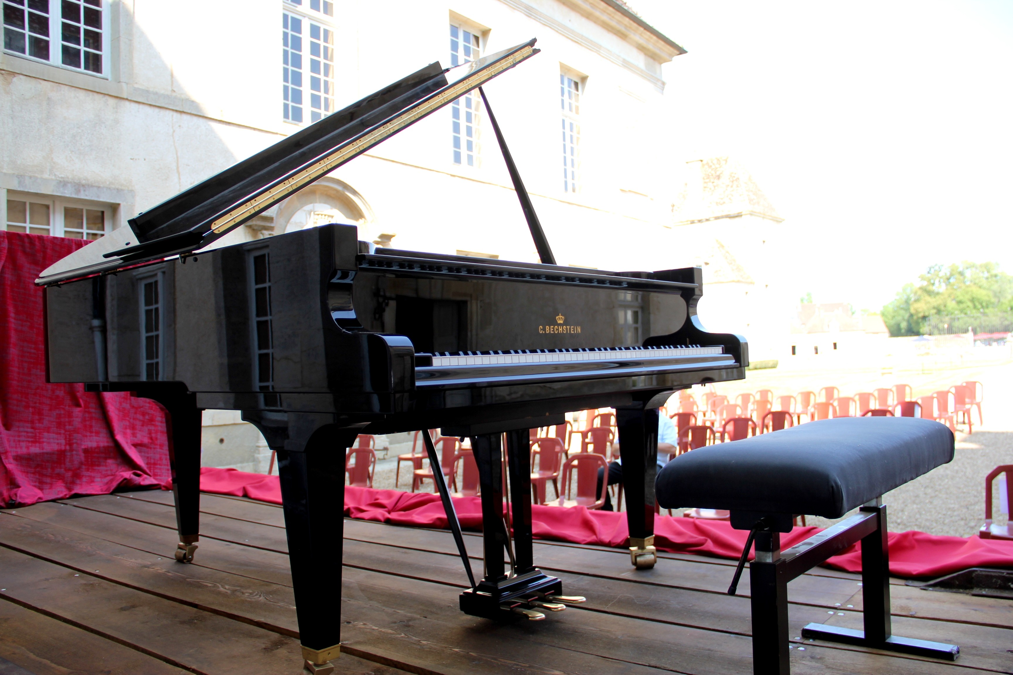 Le piano Bechstein est prêt