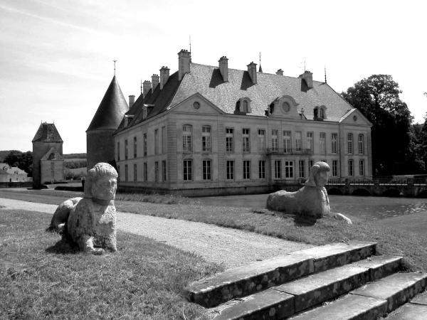 2005 06 09 chateau de commarin 157 03 nb